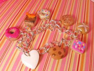 Sweet_charm_bracelet